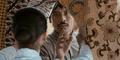 Aksi Chico Jericho Jadi Tukang Pos Di 'Surat Cinta Untuk Kartini'