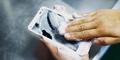 Digno Rafre, Smartphone Unik yang Bisa Dicuci Pakai Sabun