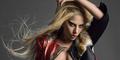 Foto Hot & Nyentrik Lady Gaga Pamer Payudara di Majalah Billboard