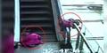 Detik-detik Balita 3 Tahun Terjatuh dari Eskalator Mal