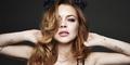 Foto Hot Lindsay Lohan Topless Sambil Mandi Lumpur