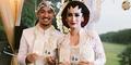 Foto Pernikahan Adat Jawa Alexandra Gottardo