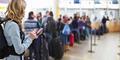 Survei: Barang Wajib Bagi Pelancong Adalah Smartphone
