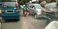 Driver Go-Jek Misterius Bantu Mobil Jenazah dari Kemacetan