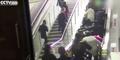 Eskalator Mal di Tiongkok Jalan Terbalik, Belasan Orang Terlempar
