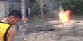 Heboh! Tanah di Desa Ini Bisa Munculkan Api Saat Dipukul