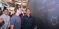 Jokowi Tulis Pesan Damai di Kantor Facebook