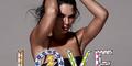 Kendall Jenner Pamer Kulit Eksotis & Perut Langsing di LOVE Magazine