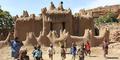 Masjid Unik di Afrika Ini Dipercaya Dibangun Bangsa Jin