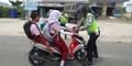 Siswi SD Bawa Motor Ditilang Melawan, Polisinya Dibentak