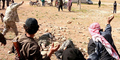 Zina, 4 Wanita Irak Dilempari Batu Sampai Mati