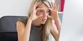 10 Cara Segarkan Mata Lelah Akibat Komputer