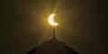 Heboh Potret Gerhana Matahari di Atas Masjid Thailand