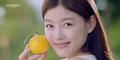 Kim Yoo Jung Tampil Segar Dengan Make Up Tipis di Iklan Kosmetik