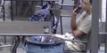 Lihat! Manusia Jatuh Cinta dengan Robot Tong Sampah