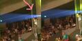 Penampakan Hantu Menyeramkan di Konser Kahitna