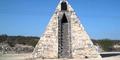 Petani Meksiko Bikin Piramida 6,7 Meter Pesanan Alien