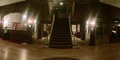 Ada Hantu Menyeramkan di Foto Tangga Hotel Ini