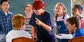 Cara Hindarkan Anak dari Bullying Dunia Maya