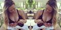 Foto Perdana Bayi Cantik Chrissy Teigen & John Legend