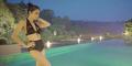 Foto Tyas Mirasih Pose Menggoda Pakai Bikini Seksi