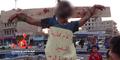 ISIS Eksekusi 8 Pemuda, Mayatnya Disalib di Tiang Listrik