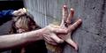 Miris, Cewek Surabaya Diperkosa Ayah Kandung di Depan Ibunya