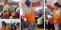 Pelayan Seksi di Warung Bakso Ini Bikin 'Panas' Pengunjung