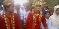 Remaja 16 Tahun Nikahi Nenek 65 Tahun Hebohkan Netizen