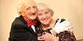 Romantis! Pasangan Ini Bersatu Lagi Usai Pisah 72 Tahun