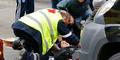 Video Muslimah Ditabrak Sedan di Demo Anti-Islam Belgia