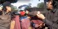 Video Pemuda Berpin PKI Palu & Arit Dipukuli Ketua LSM