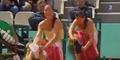 Video Petenis Jelena Jankovic Nekat Ganti Celana di Lapangan