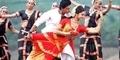 Adegan Mesra Shahrukh Khan - Deepika Padukone di Chennai Express