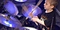 Avery Molek, Bocah 6 Tahun yang Jago Main Drum 'Hot For Teacher'