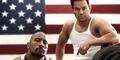 Dwayne Johnson 'The Rock' dan Mark Wahlberg Adu Otot di Trailer Pain & Gain