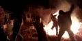 Tarian Harlem Shake Bikin Pria Ini Terbakar
