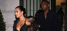 Foto Kim Kardashian-North West Seksi Transparan di Paris Fashion Week