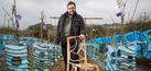 Foto: Gavin Munro, Pria Inggris Sulap Pohon Hidup Jadi Kursi