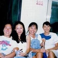 foto-hantu-gadis-cilik-di-ka-hebohkan-netizen-singapura-c784.jpg