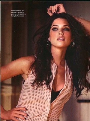 Si Seksi Ashley Greene Tampil Panas Di Meksiko Esquire
