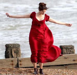 Gemma Arterton Pamer Payudara Di Film Byzantium in Hastings South East England