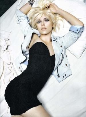Scarlett Johansson Seksi Mempesona Dalam Iklan Mango