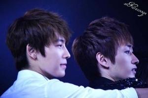 Konser Spektakuler Super Junior di Singapore