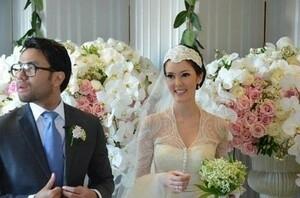 Foto Pernikahan Cathy Sharon & Eka Kusuma Bak Royal Wedding