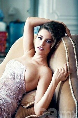 Sofia Vergara Topless di Majalah GQ