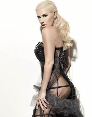 Ke$ha Berpose Seksi di Vibe Magazine