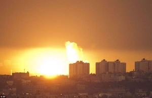 Semakin Memanas, Israel Kembali Gempur Jalur Gaza