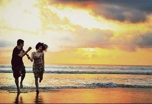 Foto - Foto Mesra Gading & Gisel di Bali