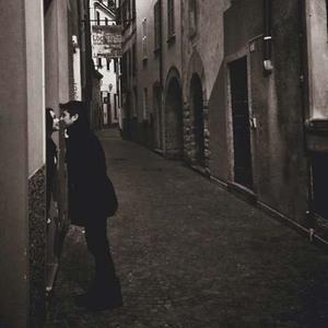 Foto Mesra Gading - Gisel di Milan